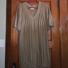 XL Calvin Klein Sweater Dress Size XL Calvin Klein sweater dress in taupe color. Calvin Klein Sweaters
