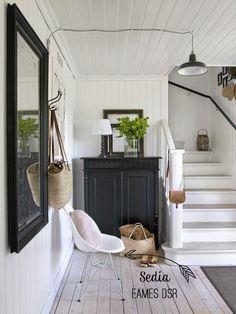 Home Shabby Home: Interior nordico: tocchi di nero, sfondo bianco