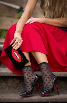 872cddee6 La Vie du Papillon (Yana) in black patent Pigalle 120s Red Pumps Outfit,