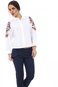camasa alba cu broderie - Adela Bravo ai stil Bomber Jacket, Floral, Jackets, Fashion, Embroidery, Down Jackets, Moda, Fashion Styles, Bomber Jackets