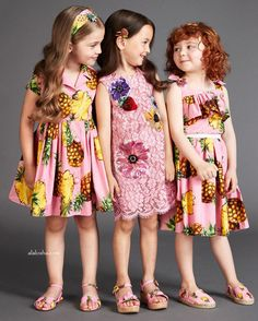 ALALOSHA: VOGUE ENFANTS: Must Have of the Day: Funny pineapples by Dolce & Gabbana to cheer up your summer with coloful and joyful looks!
