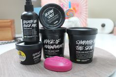 LUSH Cosmetics: What You Should Try & Great Gift Ideas! [REVIEW]