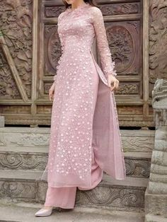 Material: Polyester Silhouette: A-Line Dress Length: Mid-Calf Sleeve Length: Long Sleeve Sleeve Type: Regular Combination. Dress Indian Style, Indian Dresses, Indian Outfits, Kurta Designs, Kurti Designs Party Wear, Women's Dresses, Party Wear Dresses, Fashion Dresses, Pakistani Dresses Casual