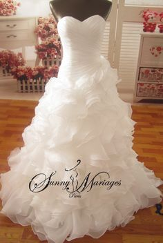 Strapless asymmetrical bustier wedding dress and ruffle skirt or organza ruffles, cheap bridal gown online and large sizes possible Klienfeld Wedding Dresses, Wedding Dresses Plus Size, Princess Wedding Dresses, Wedding Bride, Bridal Gowns, Dream Wedding, Bustiers, Brides And Bridesmaids, Mermaid Dresses