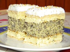 Hozzávalók: A mézes lapokhoz: 30 dkg liszt 10 dkg porcukor 1 ek méz 7 dkg vaj Hungarian Recipes, Polish Recipes, Sweet And Salty, Something Sweet, Let Them Eat Cake, Tiramisu, Cookie Recipes, Cupcake Cakes, Food And Drink