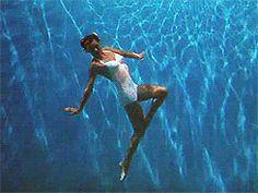 Esther Williams in A Water Ballet - Ziegfeld Follies 1946