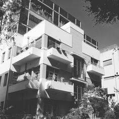Tel Aviv, Multi Story Building