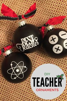 These science, math and reading themed ornaments are super easy to make if you have a personal cutting machine and some vinyl.