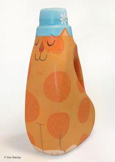 Des bouteilles de lessives Le Chat!?