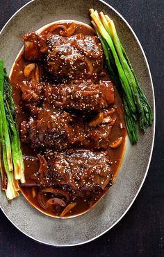 Korean Braised Beef Short Ribs From A Chefs Kitchen, Braised Short Ribs {Easy Short Rib Recipe!} Dinner, then Dessert, BBQ Short R. Rib Recipes, Asian Recipes, Cooking Recipes, Healthy Recipes, Asian Desserts, Sirloin Recipes, Kabob Recipes, Fondue Recipes, Smoker Recipes