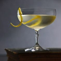 The Vesper Martini. The Vesper Martini - James Bond's drink from Casino Royale - Gordon's Gin vodka Lillet shake with ice add lemon peel. Tequila, Martini Recipes, Cocktail Recipes, Vesper Martini Recipe, Gin Recipes, Cocktail Drinks, Alcoholic Drinks, Beverages, Liquor Drinks