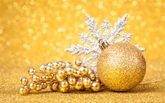 Download wallpapers New Year, bright snowflake, yellow Christmas balls, Christmas, decoration