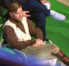Behind the Scenes (Star Wars Episode III - Revenge of The Sith) Ewan McGreagor as Obi-Wan Kenobi