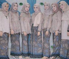 Dress batik brokat modern most popular ideas Model Kebaya Brokat Modern, Kebaya Modern Hijab, Kebaya Hijab, Kebaya Dress, Kebaya Muslim, Muslim Dress, Muslim Fashion, Hijab Fashion, Modest Fashion