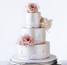 wedding-cake-ideas-with-floral-detailing