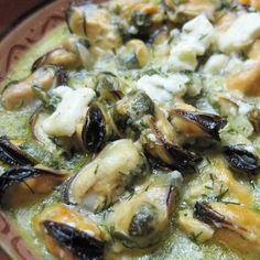 Μύδια με αρωματικά και τυρί