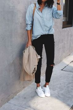 How To Wear White Sneakers Outfits With Casual And Chic 40