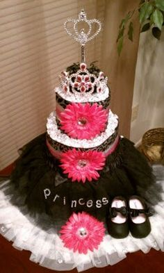 Beautiful girl diaper cake for the best baby shower! Taking $100 for this beauty. VERY CHEAP FOR A CAKE LIKE THIS!