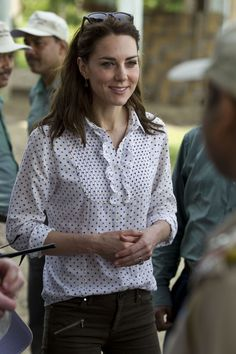 If You Don't Already Have Kate Middleton's Zara Pants, You've Got Some Shopping to Do
