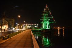 Famine ship - New Ross, Wexford Fair Grounds, Ship, Boats, Fun, Photography, Travel, Photos, Photograph, Viajes