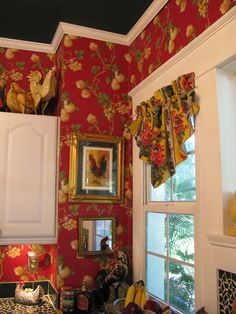 Eye For Design: Decorating With Roosters For A French Country Look Country Cottage, Country Decor, French Country Decorating, Decor, French Country Kitchens, French Decor, Cottage Decor, Home Decor, Rooster Decor