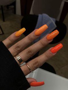 Neutral Color Nails Opi to High Quality Nail Care Kit those Easy Nail Care Routine enough Nail Career Education Kit Grey Nail Polish, Gray Nails, Essie Nail Polish, Nail Design Stiletto, Nail Design Glitter, Cute Acrylic Nails, Cute Nails, Acrylic Nails Orange, Orange Ombre Nails