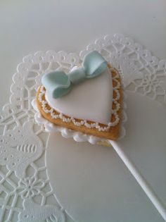 heart cookie pop
