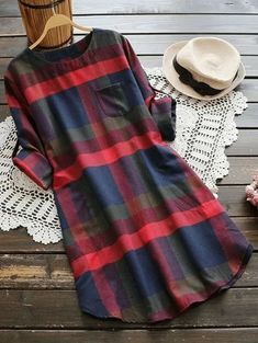 Plus Size Plaid Curved Hem Tee Dress Long Sleeves. Women's Long Sleeve Plaid Tee Dress Plus Size. I love this red and blue plaid long sleeve tee-shirt dress plus size.    #PlusSizeDresses #getthelook #PlusSize #PlusSizeFashion  #PlusSizeStyle #CurvyGirl #plussizedivas #boldcurvyfashionista #curvy  #curvyfashionista #Fashion #Style Floral Shirt Dress, Tee Dress, Plaid Dress, Black Lace Cocktail Dress, Floral Bridesmaid Dresses, Trendy Plus Size Fashion, Long Sleeve Tee Shirts, How To Roll Sleeves, Sexy Outfits