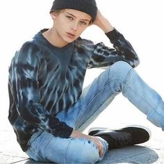 Celebrities - William Franklyn-Miller Photos collection You can visit our site to see other photos. Teen Models, Male Models, Johnny Orlando Instagram, Cute 13 Year Old Boys, Male Pose Reference, Trendy Boy Outfits, William Franklyn Miller, Skinny Guys, Poses