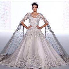 Bom dia com @isabelifontana maravilhosa ontem como a noiva do desfile de alta-costura da @ralphandrusso! Curtiram? #ralphandrusso #couture