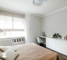 Żoliborz - Średnia sypialnia małżeńska, styl skandynawski - zdjęcie od Qbik Design