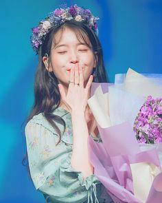 Girl Celebrities, Korean Celebrities, Celebs, Korean Actresses, Korean Actors, Korean Girl, Asian Girl, Iu Twitter, Snsd