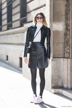 #VeronikaHeilbrunner oozing cool in Paris.