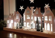 Diy Christmas Village, Diy Christmas Ornaments, Christmas Activities For Kids, 242, Cardboard Crafts, Scandinavian Christmas, Little Houses, Xmas Decorations, Wall Art Decor