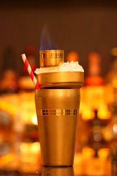 Cocktails itself in a Cocktails shaker
