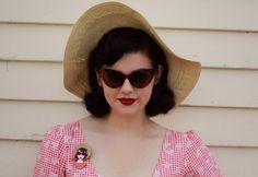 http://twolippyladies.co.nz/wp-content/uploads/2016/02/Miss-Flossypots-picnic-portrait-erstwilder.jpg