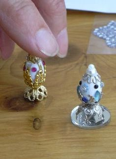 how to: mini Faberge style eggs.     Could i find miniature robins eggs that are hollow so i can Copy Mom's?