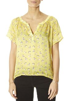 This is the 'Jack' Petite Yellow Fleur Print Open Tee Top by our friends at Primrose Park! Everyone needs a piece or two. Yellow Short Sleeve Tops, Short Sleeves, Long Sleeve, Yellow Shorts, White Shorts, Women's Tops, Tees, Shirts, Fashion Ideas