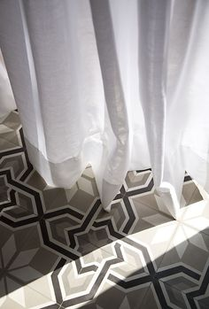 CARREAUX DE CIMENT | Cement tile flooring