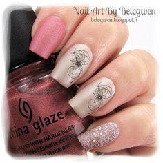 Shimmer Pink Floral Nails: http://belegwen.blogspot.fi/2014/11/mattakukkia.html