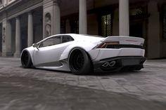 Lamborghini Huracan with body kit