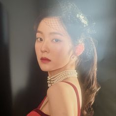 Red Velvet's Irene, Wendy, and Yeri are stunning in red in individual teaser images for their upcoming concert 'La Rouge'. Kpop Girl Groups, Kpop Girls, Korean Girl Groups, Seulgi, Peek A Boo, Red Velvet Irene, Daniel Henney, Boys Over Flowers, Emma Stone