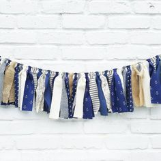 Created from a collection of quality fabrics, this nautical-inspired fabric garland will certainly add a rustic touch to your upcoming soirée or