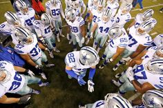 Team Huddle #DALvsPHI #FinishTheFight