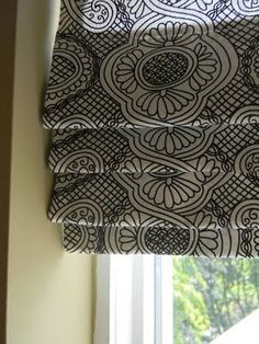 Faux Roman Blind from the blog 'House of Fifty'. Great idea for a window that you just need to look good. I made balloon curtains for a large apartment window in the day and oh what work it was sewing on top of a trunk.I am going to try this one as super easy to do.