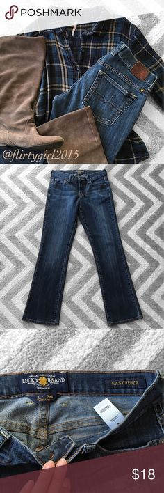 """Lucky Brand Denim Super comfy blue jeans from lucky. EUC!! """"Easy Rider"""" fit. Cotton/poly blend, 1% spandex. Size 2/26, inseam 30"""". Feel free to ask any questions. Lucky Brand Jeans Straight Leg"""