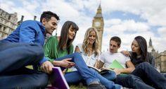 Viajar y estudiar idiomas durante un año ayuda a los jóvenes a elegir qué carrera estudiar. http://economia.elpais.com/economia/2015/04/23/actualidad/1429792734_415019.html