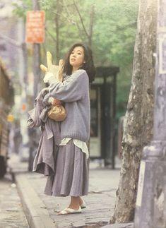 中森明菜707 80s Fashion, Vintage Fashion, Fashion Art, Retro Aesthetic, Aesthetic Clothes, Human Poses Reference, Kawaii Dress, Japanese Photography, Street Style Summer