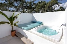 terrace rooftop terrace rooftop terrace rooftop terrace rooftop terrace rooftop terrace rooftop terrace rooftop terrace Beautiful backyard pool pool house 3 Tips To Buying A Luxury Hot Tub Small Backyard Pools, Small Pools, Backyard Patio, Pool Decks, Terrasse Design, Patio Design, Rooftop Terrace Design, Terrace Ideas, Terrace Building