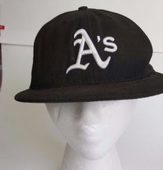 f19d8790154 MLB Oakland A s NewEra 59 Fifty Ball Cap Hat Black Wool Fitted 7 1 2 59.6  cm  Athletics  NewEra  OaklandAthletics